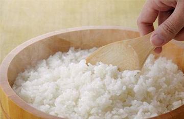 吃香甜米饭 电饭煲日常保养及省电窍门