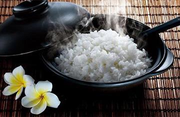 吃香甜米饭,电饭煲日常保养
